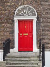 GEORGIAN DOOR - DUBLIN, IRELAND