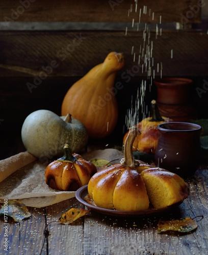 Poster Pays d Asie Sesame seeds fall on pumpkin bread