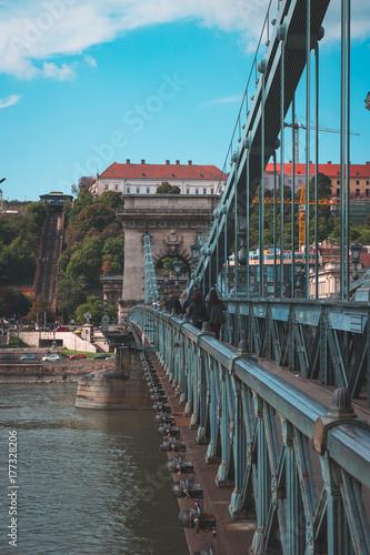 Plakat Most Łańcuchowy