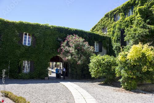 Inside the Logis Hotellerie du Chateau de Floure, a wonderful hotel Relais du Si Tableau sur Toile