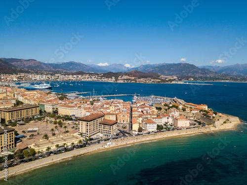 Photo Vista aerea di Ajaccio, Corsica, Francia