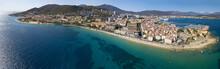 Vista Aerea Di Ajaccio, Corsica, Francia. L'area Portuale Ed Il Centro Città Visti Dal Mare. Porto Barche E Case
