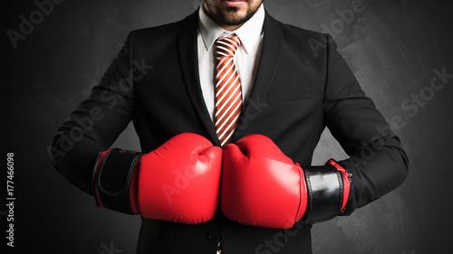 Obraz na płótnie Biznesmen jest boks