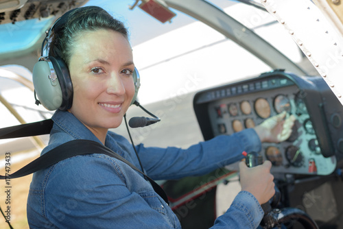 Fotografie, Tablou female helicopter pilot