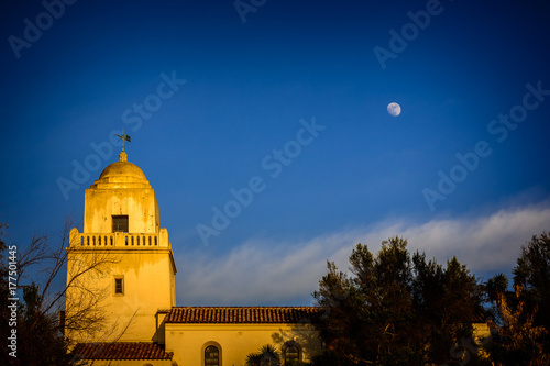 Fotografia Presidio park and the moon
