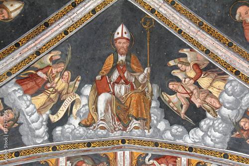 san-vigilio-i-anioly-sklepienie-prezbiterium-kosciola-san-vigilio-w-pinzolo