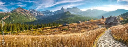 Montage in der Fensternische Gebirge Hala Gąsienicowa w Tatrach, pora roku - jesień