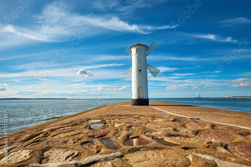 Zdjęcie XXL Stara latarnia morska w Świnoujściu, Polska