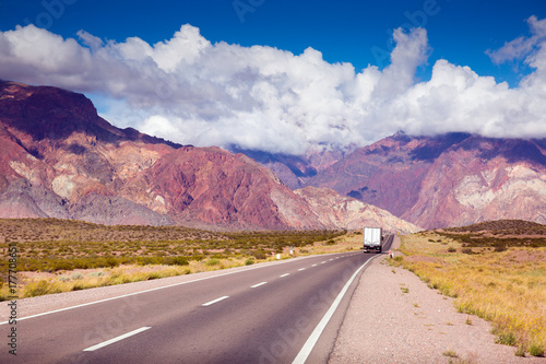 Papiers peints Route 66 View from highway RN 7 to Andes mountains
