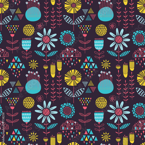 Colorful seamless contract vector floral pattern