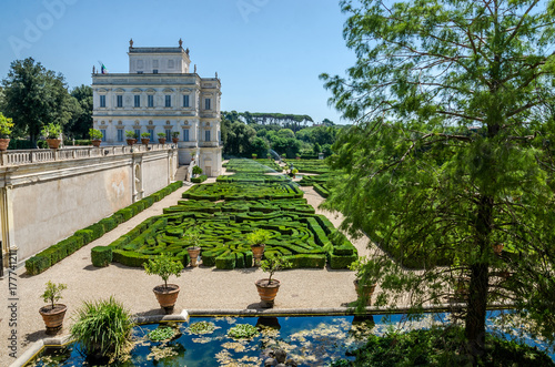 Fotografie, Obraz  The palace with a garden labyrinth in the Villa Doria-Pamphili in Rome, Italy