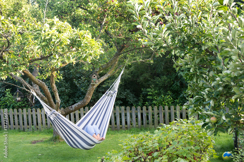 Valokuva Laydy resting in hammock