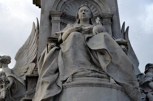 Zdjęcie XXL Pomnik Wiktorii w Londynie