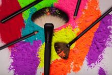 Professional Make-up Brush On ...
