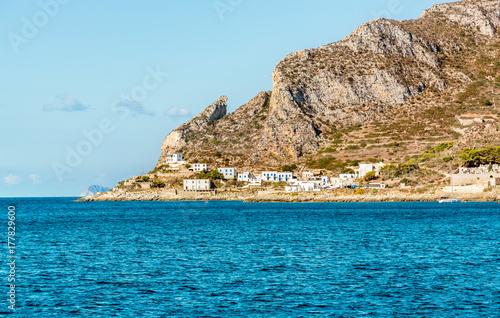 Plakat Widok Levanzo wyspa w morzu śródziemnomorskim za zachód od Sicily, Trapani, Włochy