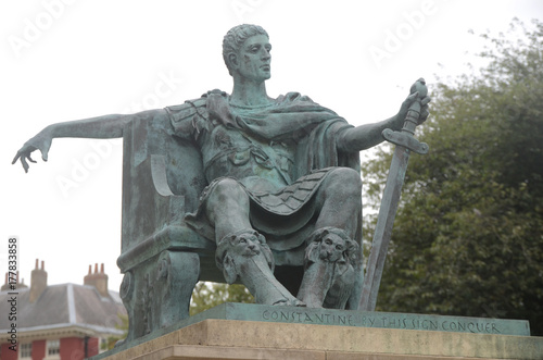 Zdjęcie XXL Constantine the Great Statue in York
