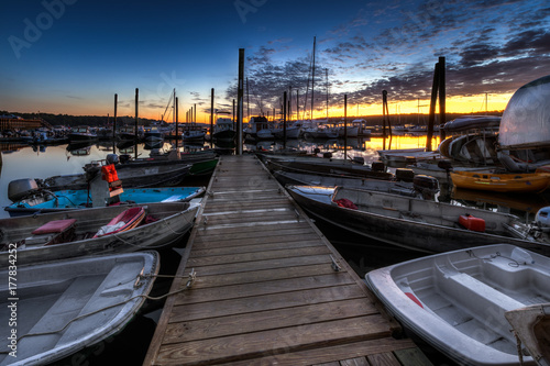 Plakat Dockside at Sunrise