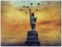 Ufo Invaders Over Statue Of Li...