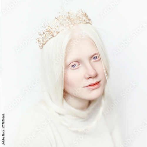 Fototapeta Albino girl with white skin, natural lips and white hair