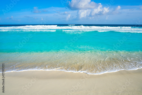 Photo Stands Caribbean Caribbean turquoise beach clean waters