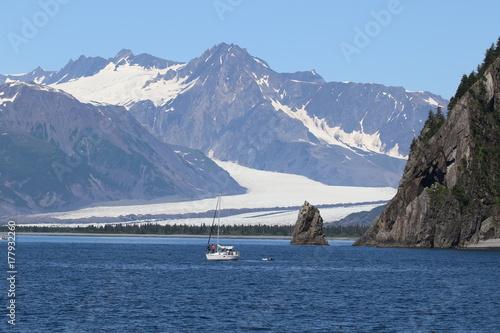 Plakat Lodowiec i góry na Alasce