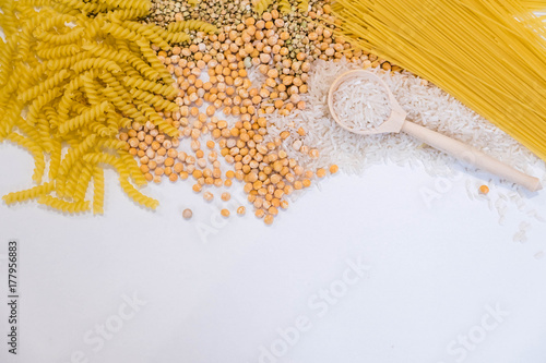 Fotografía  Set of products with complex carbohydrates on white background
