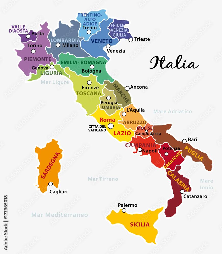 Cartina Italia Regioni E Citta.Fotografia Mappa Dell Italia Colorata Con Regioni Capitale E Capoluoghi Su Europosters It