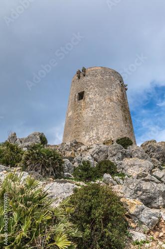 Fototapeta Albercutx Tower na wyspie Majorka (Baleary, Hiszpania)