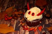 Cake On The Halloween Spicy De...