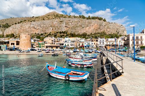 Foto auf AluDibond Stadt am Wasser Small port with fishing boats in the center of Mondello, Palermo, Sicily