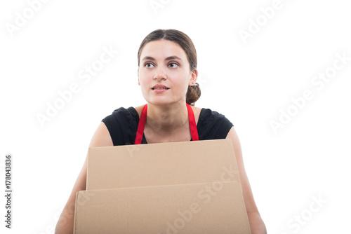 Zdjęcie XXL Pracownik supermarketu odbiera pudełka z produktami