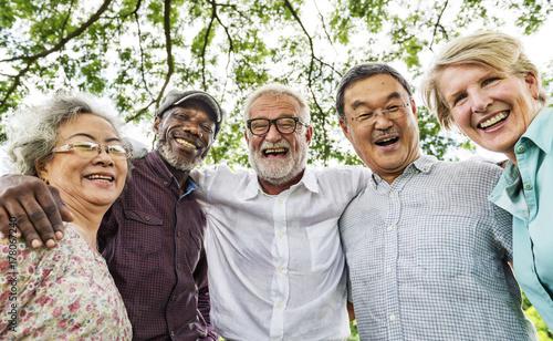 Fotografía  Group of Senior Retirement Discussion Meet up Concept