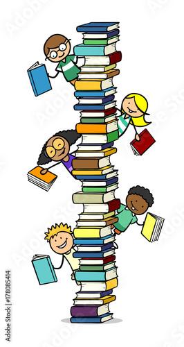Viele Kinder und Bücher mit Bücherstapel - Buy this stock illustration and  explore similar illustrations at Adobe Stock | Adobe Stock