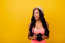 Studio, Chill, Entertainment, Wonder, Holiday, Dream, Hobby, Adventure, Object, Paparazzi Concept Lifestyle. Charming Cheerful Dreamy Afro Traveller In Casual Outfit And Beige Head Wear, So Excited