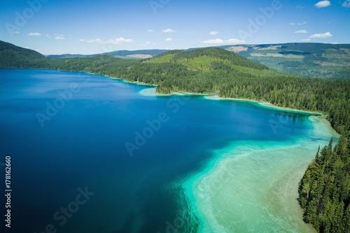 Deurstickers Meer / Vijver View of lake