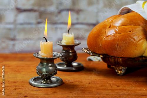 Zdjęcie XXL Szabat Szalom - tradycyjny rytualny chleb chałka żydowski,