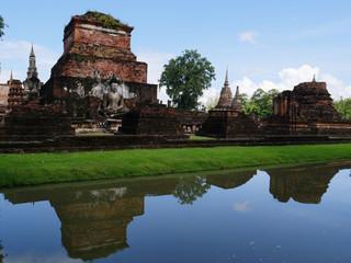 Fototapeta na wymiar View in Sukhothai historical park, Thailand