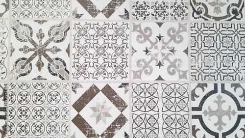 Papiers peints Retro Vintage tiles intricate details for a decorative look. Ceramic paint floor, ornament Collection Patchwork Pattern Colorful Painted tin Illustration background