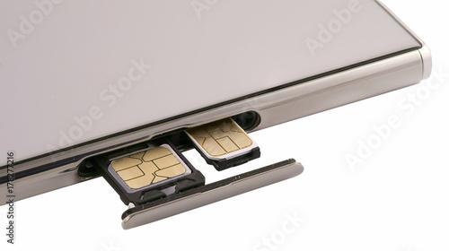 dual SIM card slot  Nano SIM and memory card with ejector