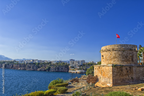 Papiers peints Fortification Ruins of the ancient fortress Hidirlik Kalesi in Kaleici. Antalya, Tourkey