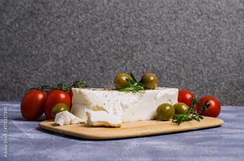 Plakat Ser feta z oliwkami