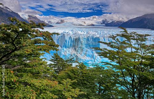 Poster Glaciers Perito Moreno Glacier at Los Glaciares National Park N.P. (Argentina)