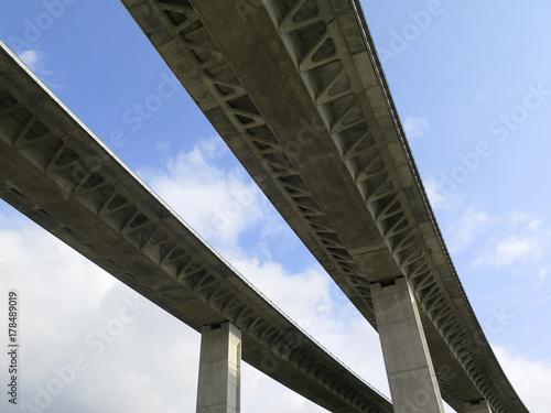 Fotografía  Puente elevado
