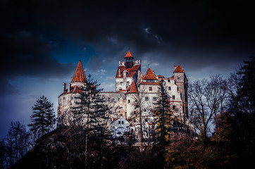 Dvorac Bran, Transilvanija, Rumunjska. Srednjovjekovna zgrada poznata kao Dvorac Drakula.