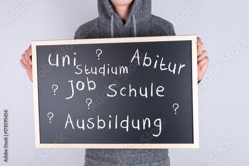 Schüler mit Schild zur Ausbildung Studium Job Canvas Print