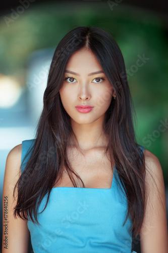 Photo  Attractive asian woman portrait