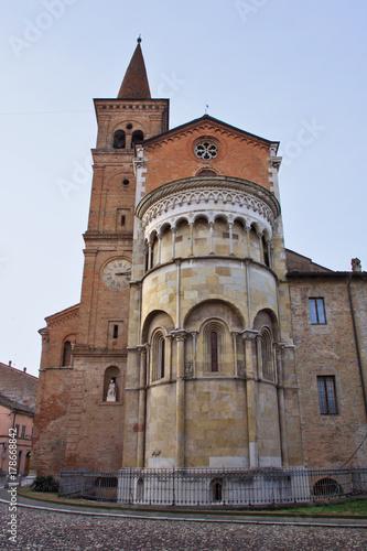 Fotografie, Obraz  Fidenza, abside della cattedrale di San Donnino