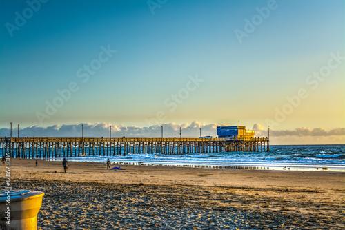 Fotografía Newport Beach pier at sunset