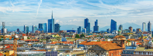 Foto auf Gartenposter Milan Milan new city view from above
