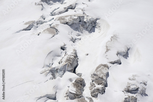 Valokuvatapetti Glacier crevasses and seracs in a snow field in the Mont Blanc area